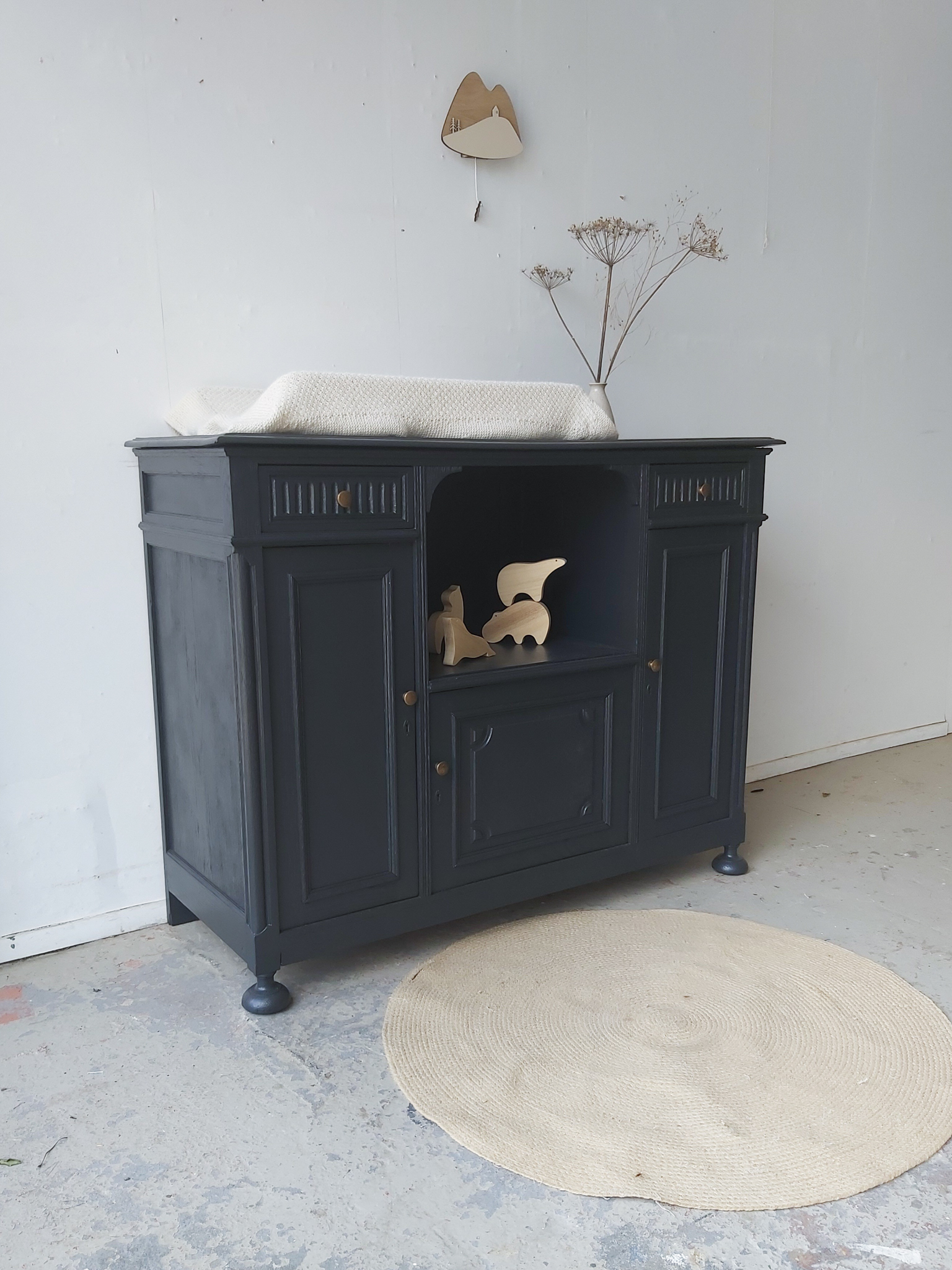 2255   Off Black Vintage Commode