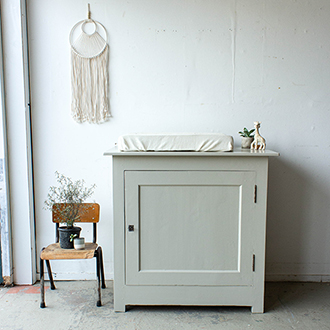 2203   Linnen Vintage Commode   Firma Zoethout