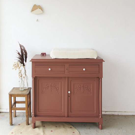 Karmozijnrode vintage commode - Firma Zoethout